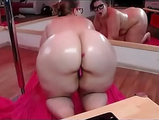 Astha pleasures her chubby belly and ass