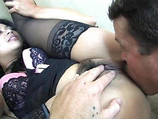 Bodacious slave vanda with a fur coat gets nailed well
