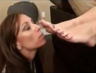 Alison - Scrubbing Mother In Foot Fetish Video