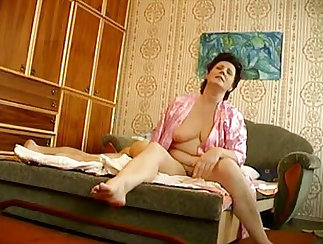 Ana-bit hawt mature men exploited by a young .m